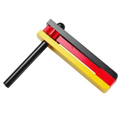 Fußball-Ratsche Deutschland-Farben